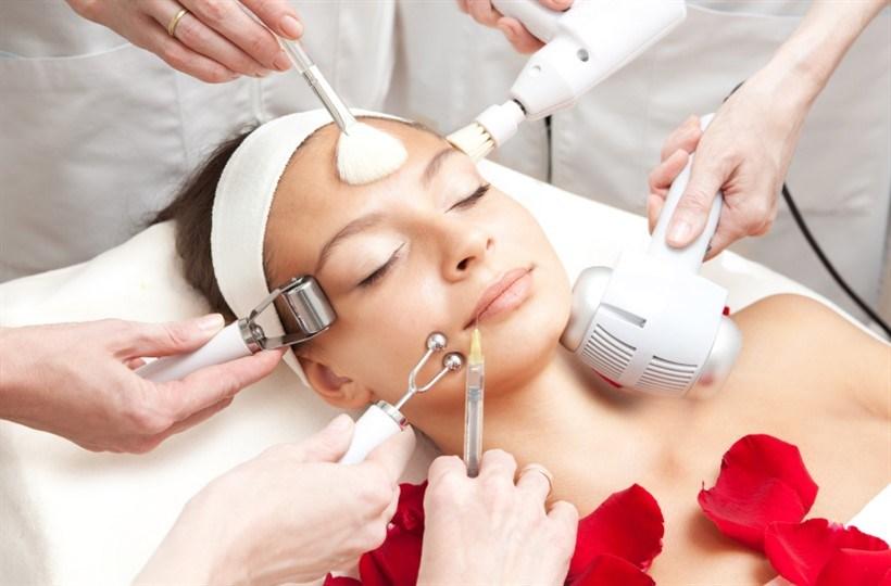Услуги врача косметолога